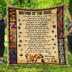 Beagle Waiting At The Door Quilt Blanket Great Gifts For Birthday Christmas Thanksgiving Anniversary