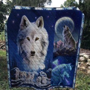 A Wolf Howling On The Cliff Adorable Wolves Quilt Blanket Great Customized Blanket Gifts For Birthday Christmas Thanksgiving