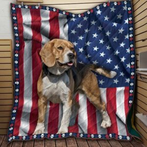 Beagle Flag Dogs American Flag, Mature Dog With Black Collar Quilt Blanket Great Customized Blanket Gifts For Birthday Christmas Thanksgiving