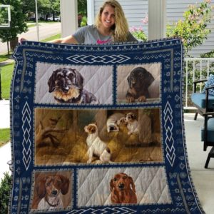 Printed Dogs Sausage Friends , Cub And Old Dog Quilt Blanket Great Customized Blanket Gifts For Birthday Christmas Thanksgiving